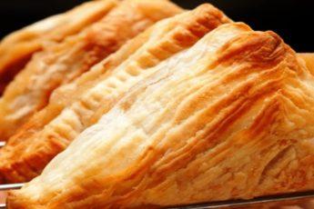 Как приготовить вкусное слоеное тесто своими руками за 10 минут 1