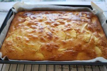 Вкусный яблочный пирог за 20 минут