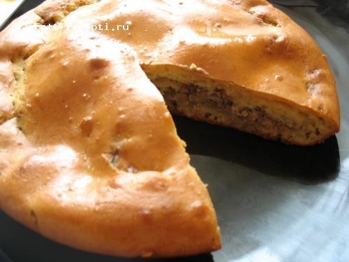 Быстрый пирог из жидкого теста на кефире 1