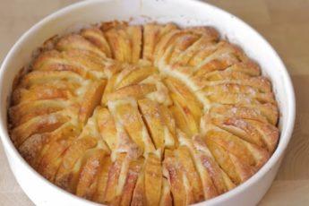 Через день пеку яблочный пирог с хрустящей корочкой и не надоедает 1